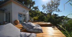 Maison en bois  Pieds dans l'eau – Hyères Giens