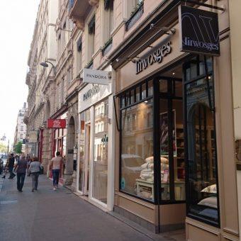 LYON 2° – Rue EDOUARD HERRIOT–  Murs Commerciaux A VENDRE