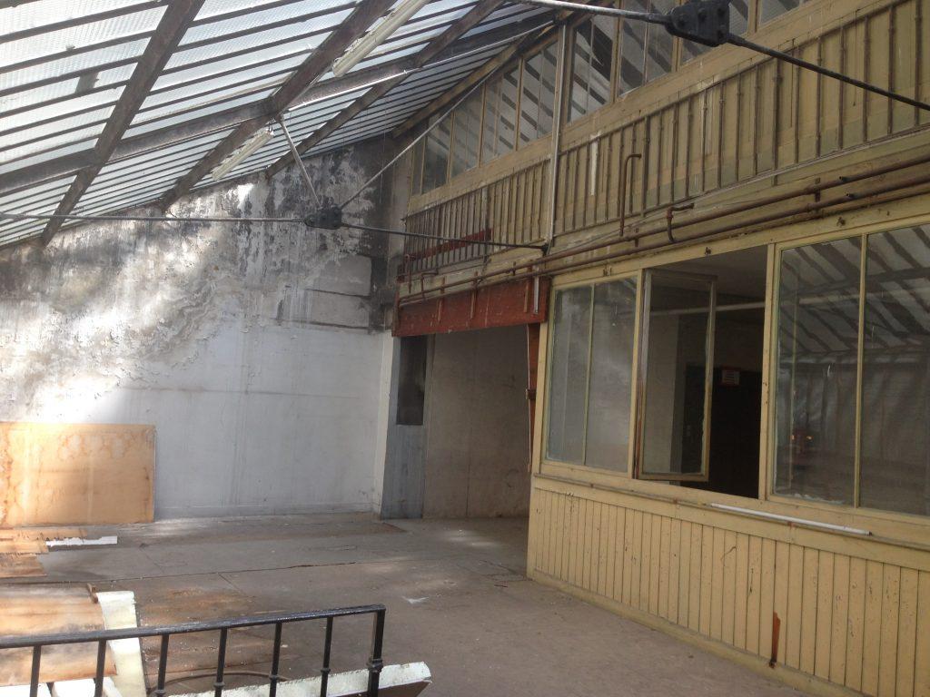 LYON – Rue Molière – 759 m² – MURS COMMERCIAUX A VENDRE LIBRE
