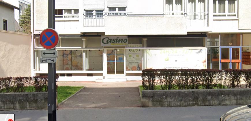 LYON 69004 – Rue Hénon – Murs commerciaux A VENDRE loués à Enseigne Nationale