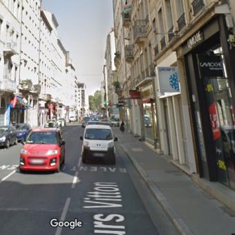 LYON 69006 – Cours VITTON – A VENDRE murs commerciaux libres