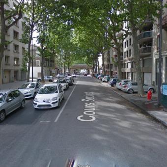 LYON 69002 – Cours SUCHET – A VENDRE murs commerciaux occupés