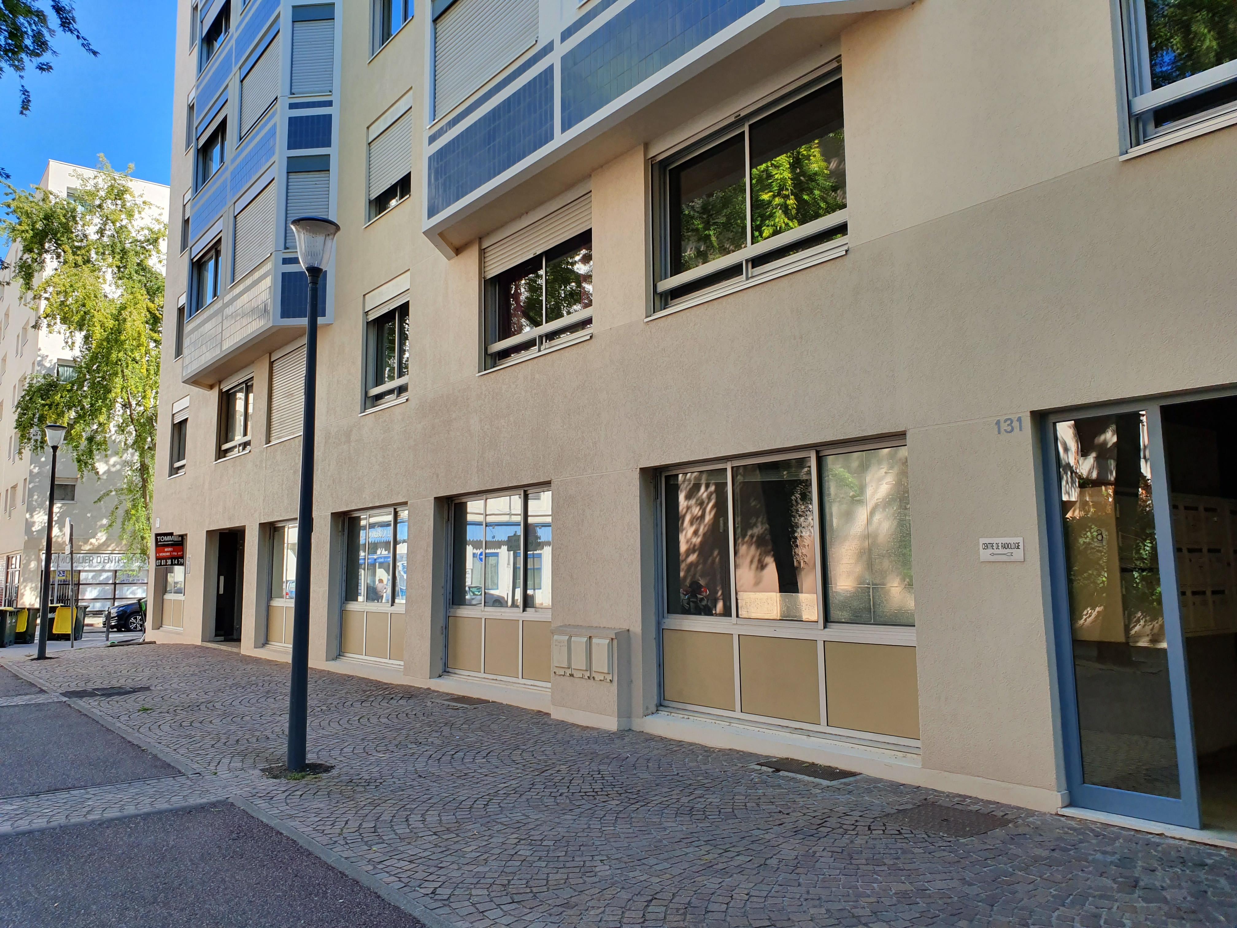 LYON 6 – Rue Vauban – Secteur Garibaldi-Vendôme – A VENDRE BUREAUX LIBRES