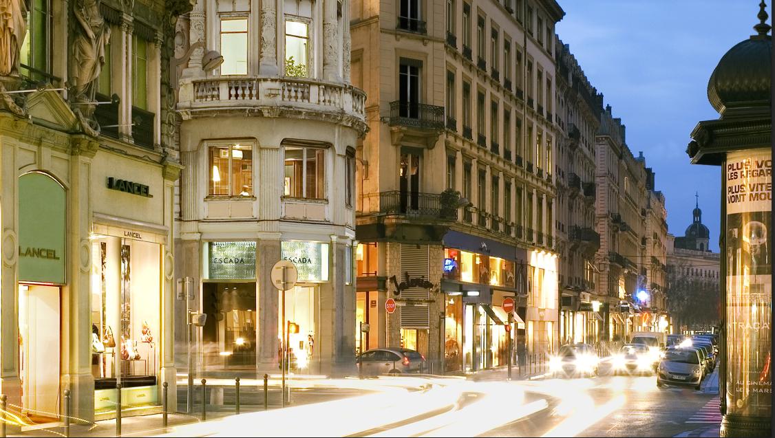 Emplacement N°1 – Rue Edouard Herriot – LYON 2ème – Boutique à céder – Local commercial