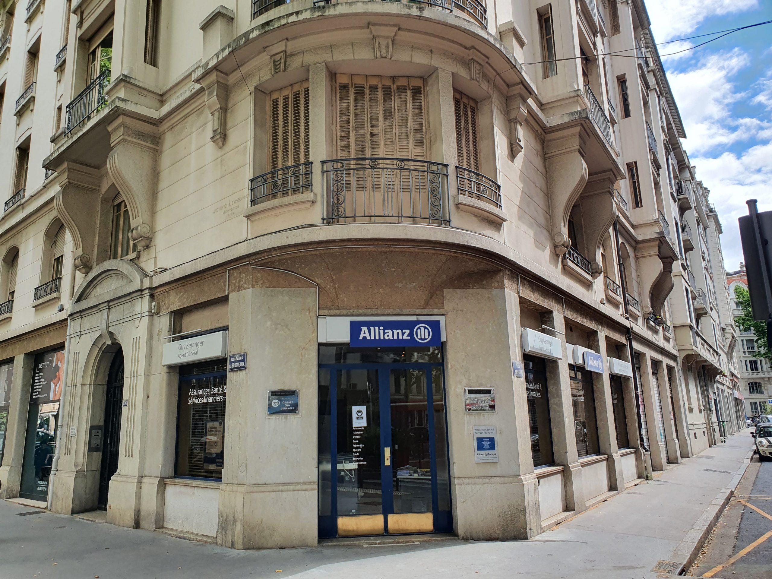 LYON 6ème, Bd des BROTTEAUX, local commercial A LOUER, 81 m²
