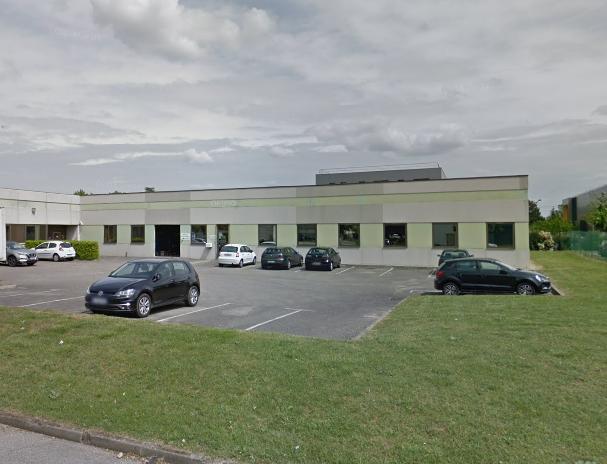 A LOUER – local d'activité – 220 m² – SAINT-PRIEST – PARC GARIBALDI (RHONE)
