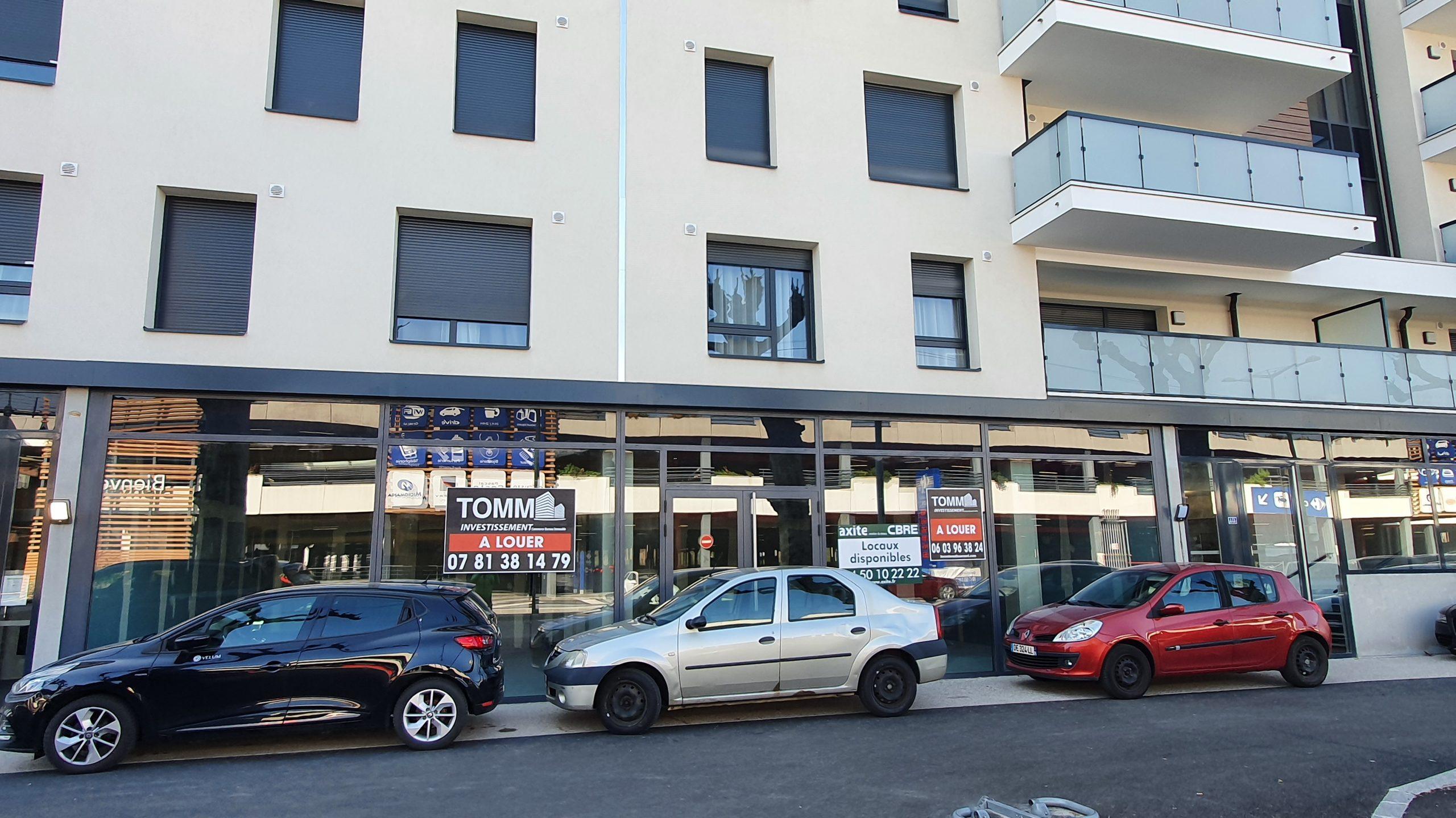 A LOUER – Local commercial – 113 m² – AVENUE DE GENEVE – ANNECY 79940