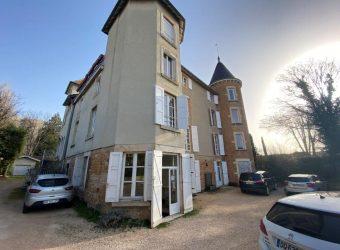 A LOUER – BUREAUX LIBRES – 285 m² – CHARNAY – LES – MÂCON 71850