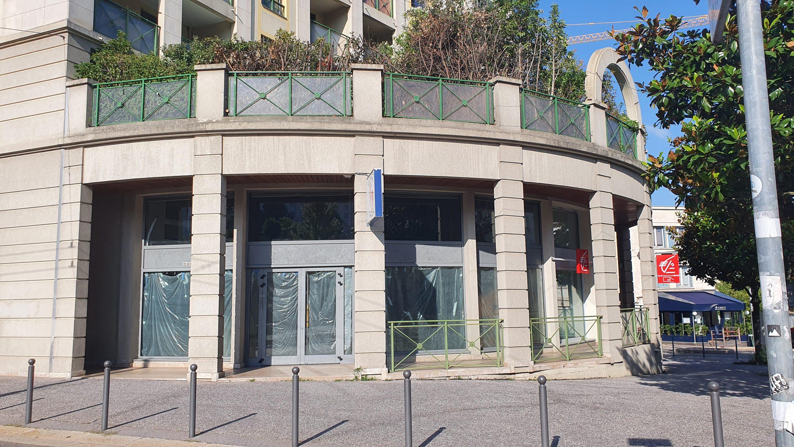 A VENDRE LIBRE – IDEAL RESTAURATION – RUE COSTE – 69400 CALUIRE – 258 m²